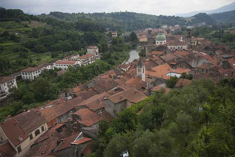 pontremoli picture